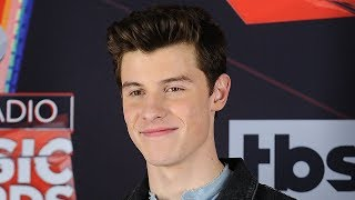 Video Shawn Mendes RESPONDS To Fans ANGRY About Expensive Meet & Greets MP3, 3GP, MP4, WEBM, AVI, FLV Mei 2018
