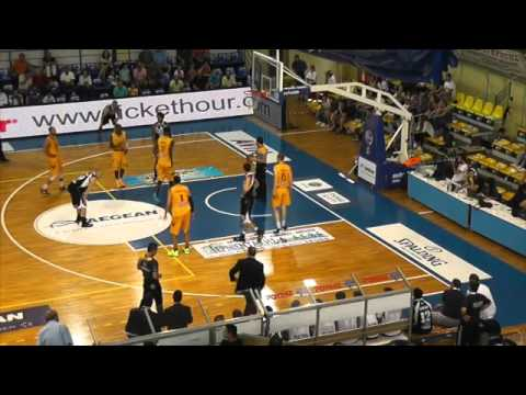 Rethymno-Apollon Patra 87-73 (No10 black, 11pts, 6reb, 4ast)