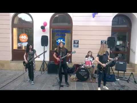 Thunderbell - Thunderbell -  Crush 'em (Use the city 2017)