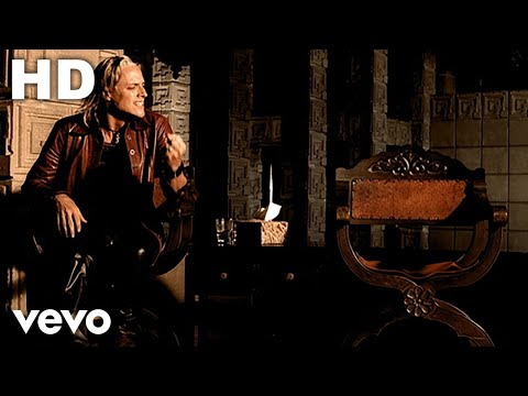 fuel - Music video by Fuel performing Bad Day. (C) 2000 SONY BMG MUSIC ENTERTAINMENT.
