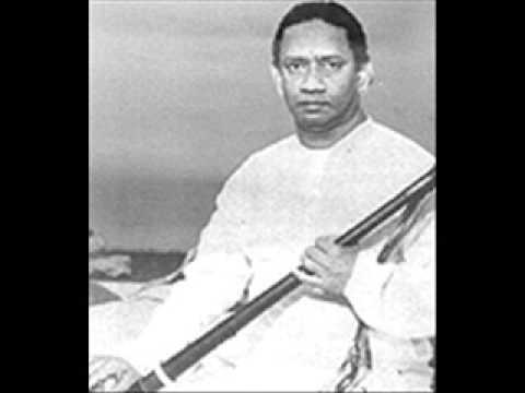T.N.Rajarathnam Pillai- sings-Thodi Viruthamadhaswaram