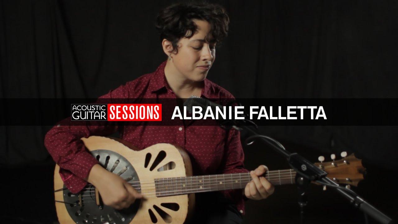 Albanie Falletta: Acoustic Guitar Session