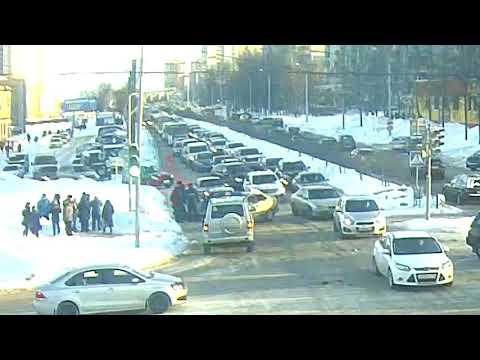 Авария с пешеходом в Ярославле на проспекте Машиностроителей