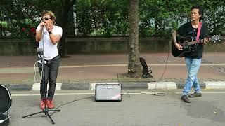 Video Pingin Nangis Dengar Lagu Ciptaan Pengamen Jalanan Ini - Sedih Dan Sanget Menyentu Ke Lubuk Hati MP3, 3GP, MP4, WEBM, AVI, FLV Juni 2018
