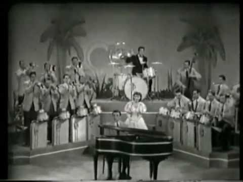 Anita O'Day, Gene Krupa, Roy Eldridge – Let Me Off Uptown (1942)
