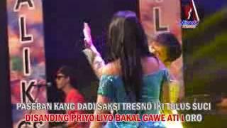 Desy Thalita Ft. Dendra - Kenangan Taman Paseban (Official Music Video)