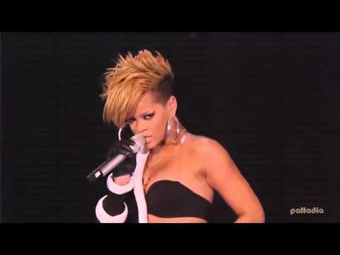Rihanna - Wait Your Turn / Live Your Life / Disturbia Live At Super Bowl Fan Jam 2010 - HD
