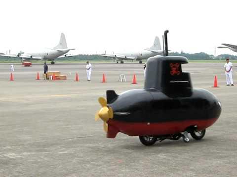 「ちびっ子も満足な海上自衛隊のP-3C哨戒機の魚雷攻撃デモンストレーション」のイメージ
