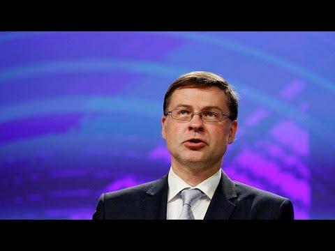 Βάλντις Ντομπρόβσκις στο συνέδριο του Economist: Η Ελλάδα βρίσκεται στο τέλος μιας «Οδύσσειας»…