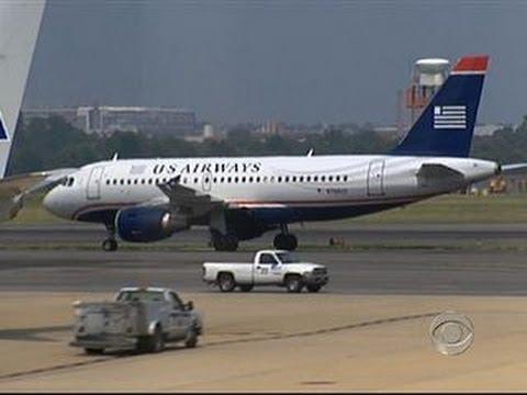 Feds sue to block US Airways, American Airlines merger