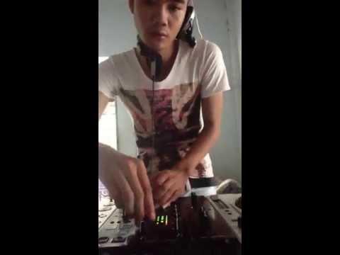 DJ Tôm Mỳ - Quẩy Là Phải Lên...Lên...Luôn