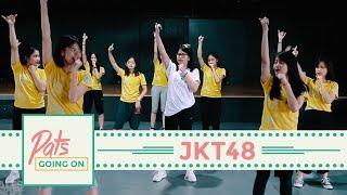 Gara-gara Member JKT48 pernah menjadi karyawan MBDC dalam sehari (liat videonya di sini: https://youtu.be/JxyGUpRmszc) , tim KIII pun menantang balik dengan mengundang 1 anak MBDC buat jadi member JKT48 dalam satu hari. Ya pasti Patty lah anaknya! Sorry ya Pat!Dalam rangka konser #JanganKasihK3ndor, tim KIII dengan giat latihan tanpa kenal waktu. Salut banget sama tim KIII yang masih semangat latihan fisik di bulan puasa (kita shooting di bulan puasa, nih). Udah punya tiket konsernya kan? Buruan loh dibeli dari sekarang, kalo belum kehabisan!Host: @mpriscillas Guest StarJKT48 channel: https://www.youtube.com/user/JKT48@jkt48vienny@jkt48acha@jkt48natalia--------------------------------------------------------------► Subscribe channel Malesbangetdotcom: http://mlsbgt.de/SubsMBDCWebsite: http://malesbanget.comMerchandise Malesbanget bisa dibeli di: http://malesbanget.com/storeTwitter:  http://twitter.com/malesbanget   http://twitter.com/mbdcvideoInstagram:http://instagram.com/malesbangetFacebook: http://facebook.com/malesbangetdotcomVidio.com: http://www.vidio.com/@malesbangetdotcomDailymotion: www.dailymotion.com/malesbanget