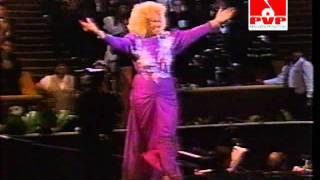 CELIA CRUZ- PREMIOS LO NUESTRO -1990 (  HOMENAJE TRAYECTORIA )