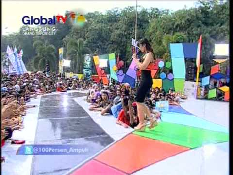 SHELLA YOLANDA Live At 100% Ampuh (10-10-2012) Courtesy GLOBAL TV