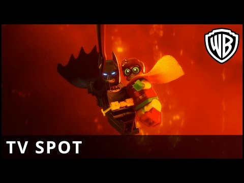 The Lego Batman Movie (TV Spot 'Kick Butt')