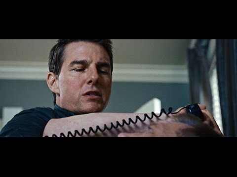 Jack Reacher: Never Go Back (Viral Video 'Arm')