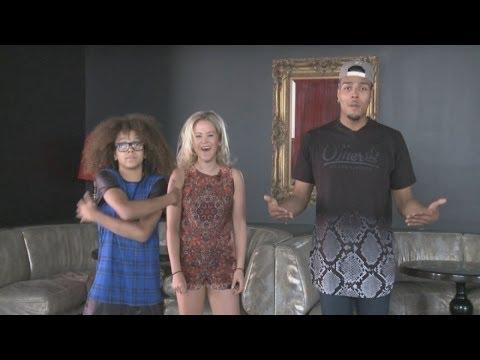 Nickelodeon Kids' Choice Awards: Hosts Jordan and Perri talk pre-show gossip and selfies!