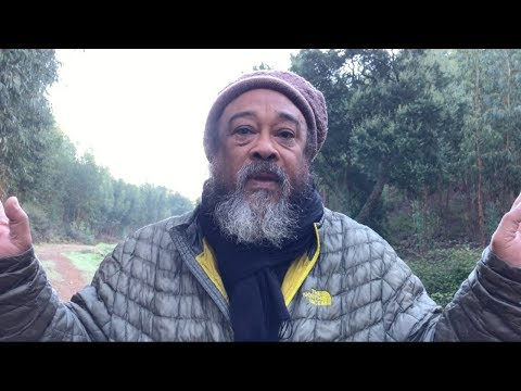 Mooji Video: Fall Upwards Into the Embrace of the Supreme