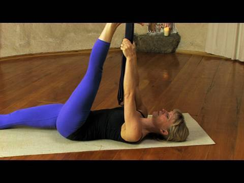 Warming up for Yoga - http://www.EkhartYoga.com Here is a 10 min yoga sequence you can either use to warm up before going into a more intense practice, or to do in the morning to ...