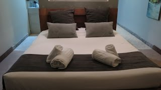 Castries France  city photos gallery : Disini (deluxe room) - Castries, France (Apr 2016)