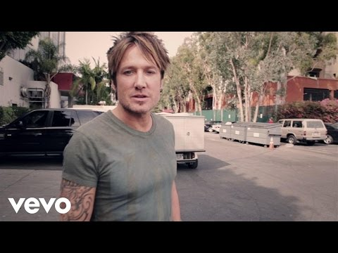 Keith - Download Now! http://smarturl.it/KUFuseiT?IQid=Idol Music video by Keith Urban performing Idol Chatter Episode 001. (C) 2014 Hit Red Records.