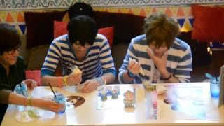 Download Lagu [BaoziHana] Decorating cupcakes Mp3