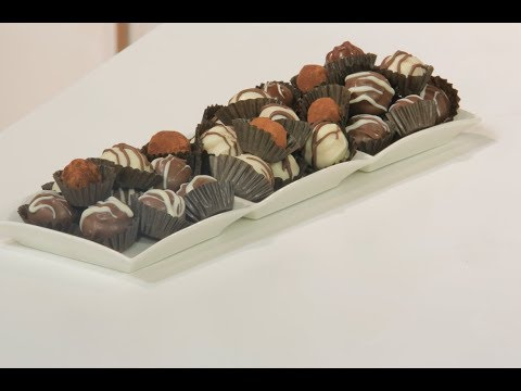 العرب اليوم - شاهد: طريقة إعداد كرات الشوكولاتة