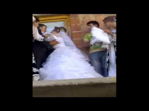 Nusja e kallt pas burrit edhe ate para dasmoreve (video)