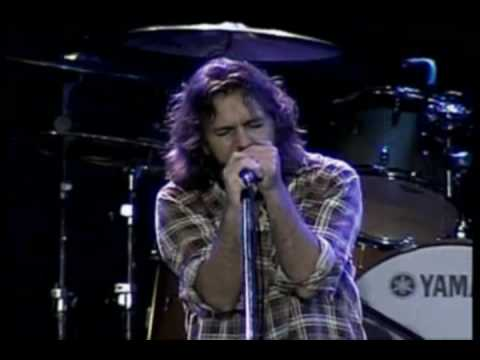 Pearl Jam I Believe In Miracles