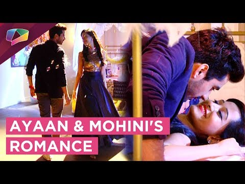 Ayaan And Mohini Have A Romantic Dream Sequence |