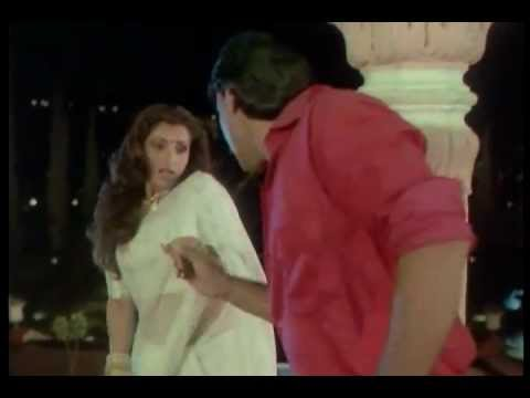 Dimple Kapadia enjoyed by Jackie Shroff in Various Saree