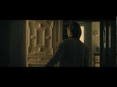 Tekst piosenki Trent Reznor and Atticus Ross - She Reminds Me of You po polsku