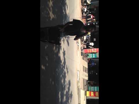 éo le cuộc tình hát rong tại Quảng Ninh