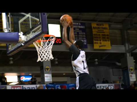 Video: Andrew Wiggins Shows Out at Dunks After Dark