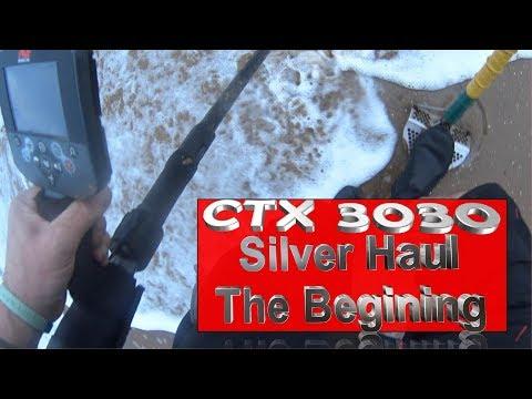 CTX 3030 Storm Beach metal detecting in the water