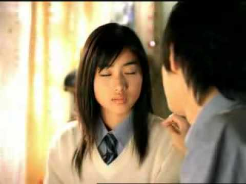 Pocky Kiss in the room - www.publicidadjapon.com