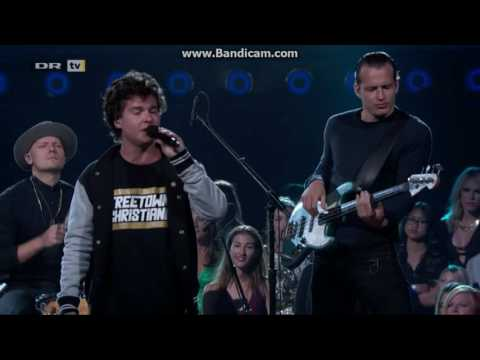 Lukas Graham - 7 Years - Live At Billboard Music Awards 2016