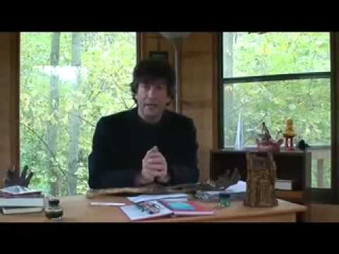 Neil Gaiman accepts his award for The Graveyard Book