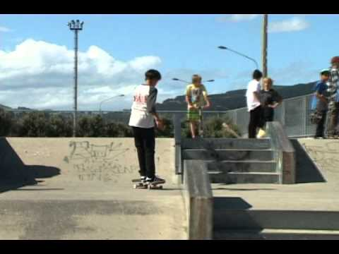 FRESHGRIP: HOOTIE ANDREWES WARM-UP AT LOCAL PARK