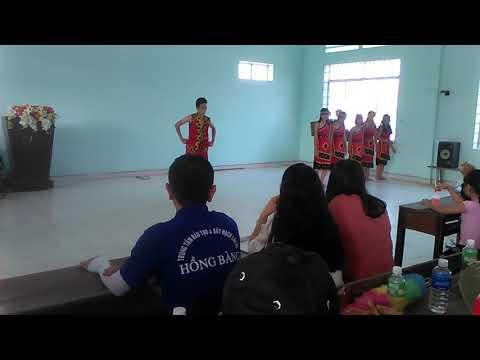 [ 01042018 ] Âm Vang Tây Nguyên [ Class 8/2 ] Trường THCS Văn Lang