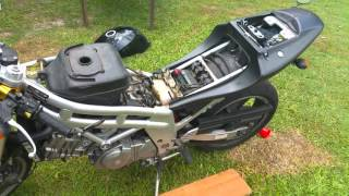 10. Hyosung GT650 nude - fixing a petrol/fuel leak