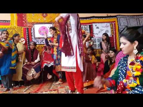 Girls Dance On Sindhi Music 2017