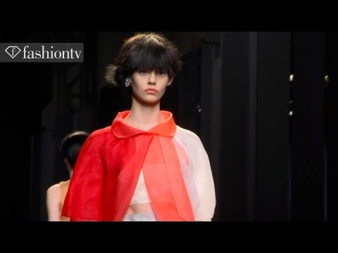 spring - http://www.FashionTV.com MILAN -- FashionTV brings you the Fendi Spring/Summer 2014 Collection Show from Milan Fashion Week. This collection featured a dream...