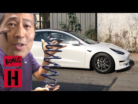 Kikawa SLAMS His Tesla Model 3 and Sh*ts All Over The Internet!