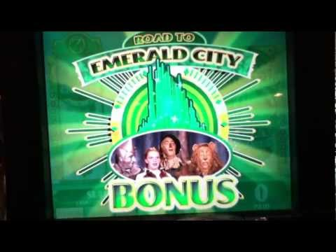 WIZARD OF OZ Slot Machine with EMERALD CITY AND DOROTHY BONUS and