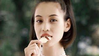 水原希子出演「パリッと食べたらカシャッ!」/anan×カルビーコラボ映像90秒