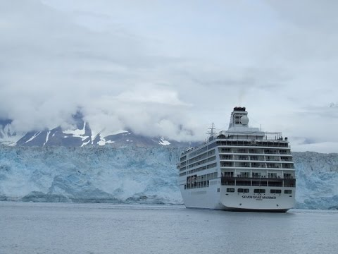 Hubbard Glacier by Cruise Ship