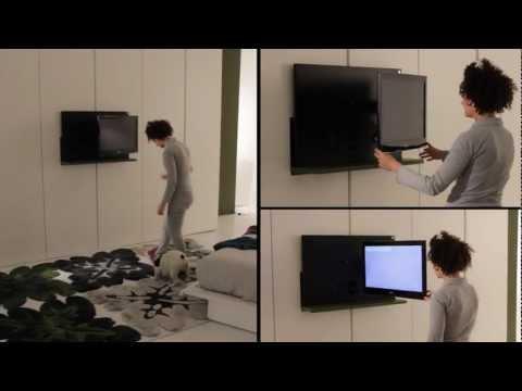 un'invenzione particolare: la tv che esce dall'armadio!