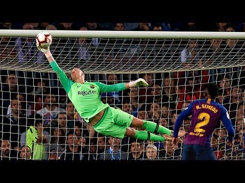 Download Top 10 Heroic Goalkeeper Performances In Football |HD