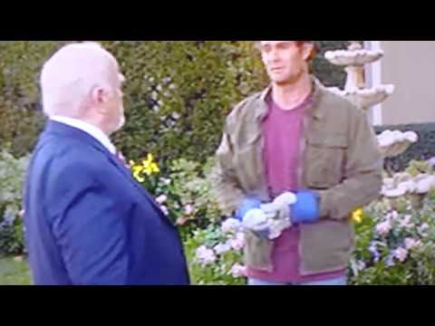 Raising Hope- My name is earl moment